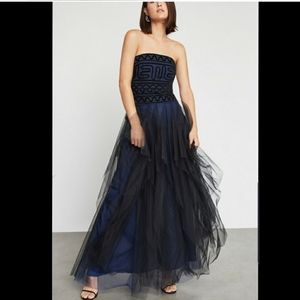 PROM Bcbgmaxazria Strapless Embroidered Lace Gown